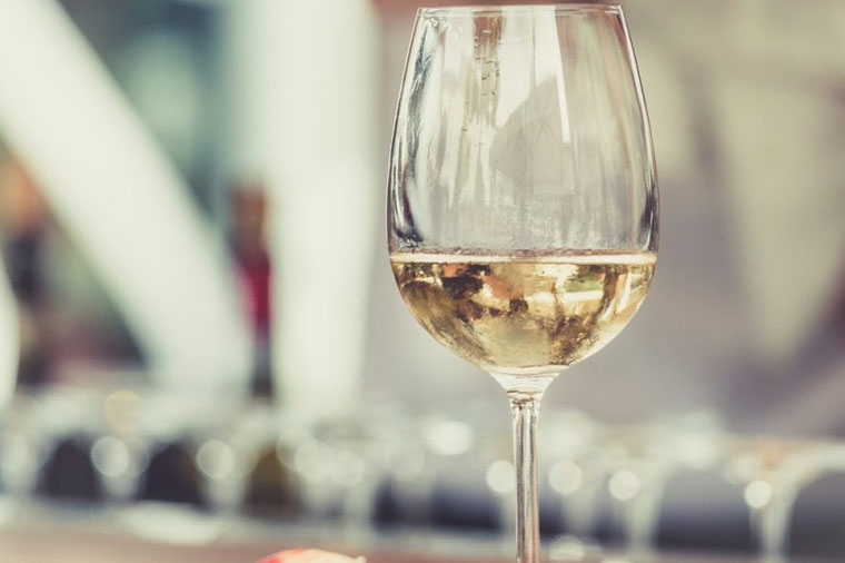 5 Ways Alcohol Affects The Way We Work